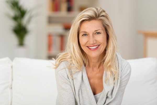 Cosmetic Dentistry For Missing Teeth: Dental Implant Restoration